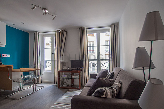 Location appartement 1 chambre paris 17 rue de l vis for Location meuble paris 17