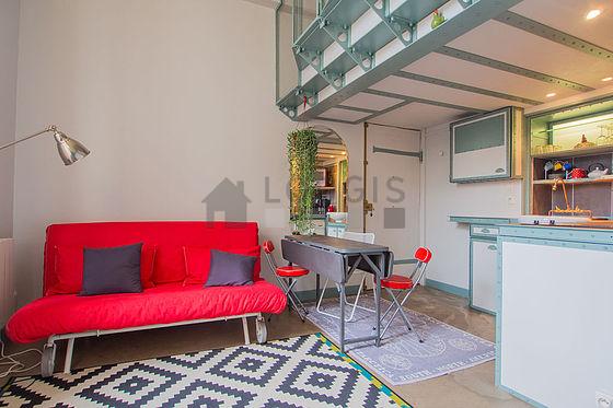 Location studio avec animaux accept s paris 11 rue saint for Location meuble paris 17