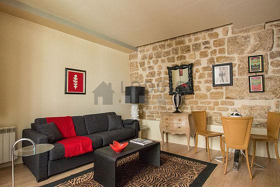 Location studio paris 2 rue montorgueil meubl 29 m for Location paris meuble