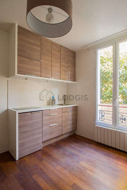 Kitchen of 0m² with wooden floor