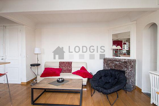 Location appartement 2 chambres avec terrasse et ascenseur for Chambre 19 paris