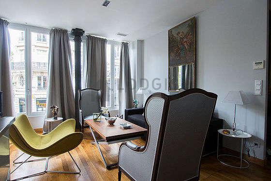 Charming Apartment Paris 3°   Living Room