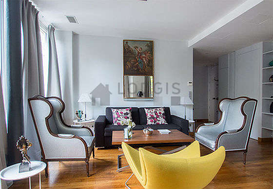 Superb Apartment Paris 3°   Living Room