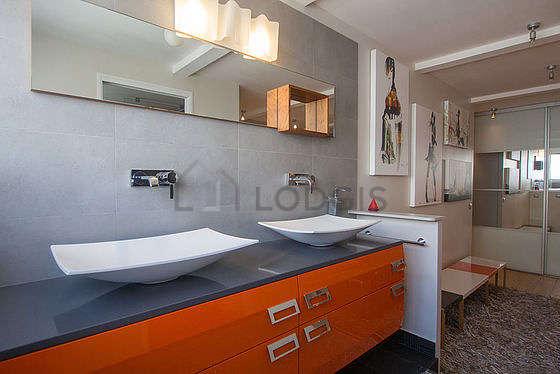 Duplex Paris 16° - Salle de bain