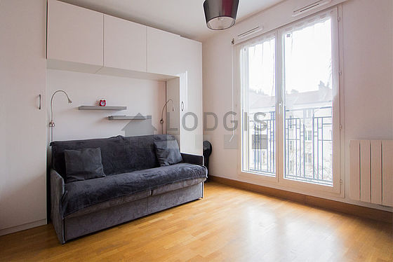 Very quiet living room furnished with 1 sofabed(s) of 160cm, tv, wardrobe, 2 chair(s)