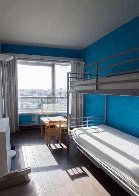 Chambre calme pour 4 personnes équipée de 2 lit(s) supperposé(s) de 80cm