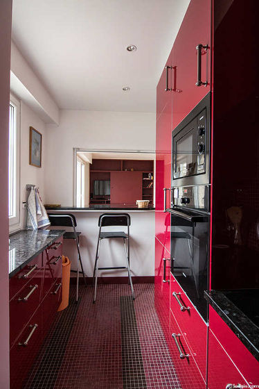 Cusine avec fenêtres double vitrage