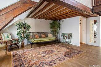 Madeleine – Saint Lazare Париж 8° 2 спальни Квартира