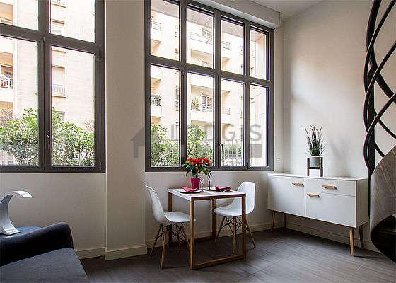 Location Appartement Chambre Avec Ascenseur Et Local à Vélos Paris - Carrelage l'isle adam