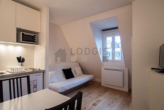 parigi champs elys es square du roule affito lungo periodo 15 m 915 mese. Black Bedroom Furniture Sets. Home Design Ideas