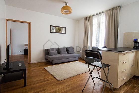 Location appartement 1 chambre avec ascenseur concierge for Chambre 19 paris