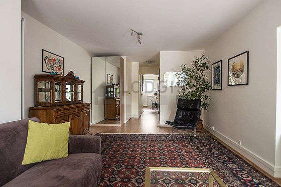 Chambre calme pour 4 personnes équipée de 2 canapé(s) lit(s) de 90cm, 1 canapé(s) lit(s) de 140cm