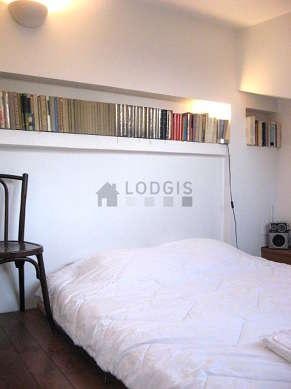 Triplex Paris 1° - Chambre