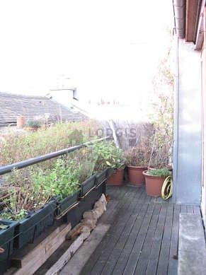 Terrasse équipée de 2 chaise(s)