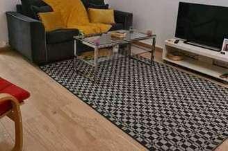 Buttes Chaumont Paris 19° studio