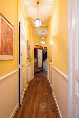 Beautiful entrance with wooden floor