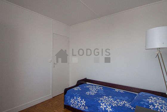Chambre calme pour 1 personnes équipée de 1 lit(s) gigogne de 80cm