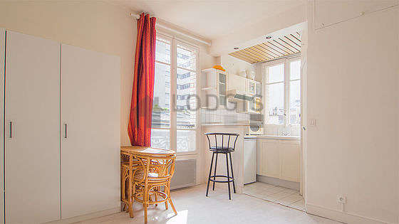 Location Studio Paris 15 Rue Lecourbe Meublé 17 M² Vaugirard