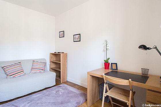 Location Studio Paris 15 Rue Sainte Felicité Meublé 27 M²