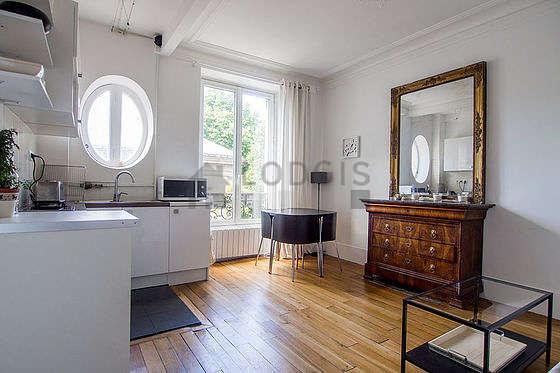 Paris Pigalle Saint Georges Rue Bochart Möblierte Mietwohnung