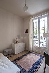 Apartamento París 4° - Dormitorio 2