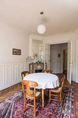 Appartement Paris 4° - Salle a manger