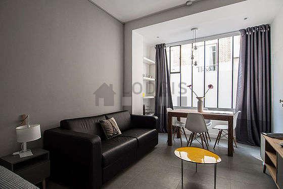 Chambre calme pour 4 personnes équipée de 1 canapé(s) lit(s) de 130cm, 1 lit(s) de 160cm