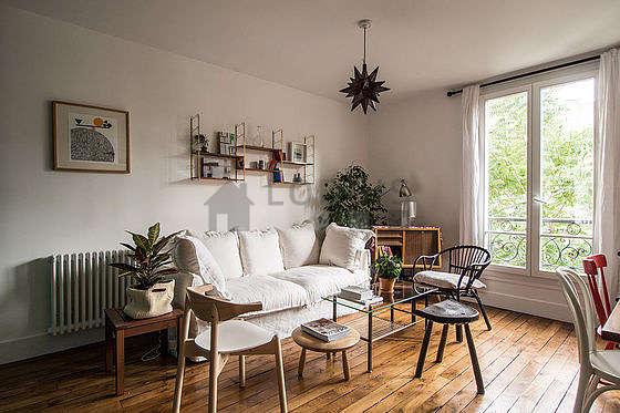 Séjour calme équipé de téléviseur, 1 fauteuil(s), 5 chaise(s)