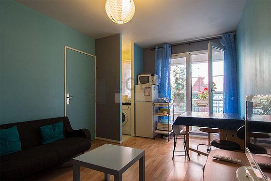 Location appartement 1 chambre avec terrasse et ascenseur for Chambre paris 13