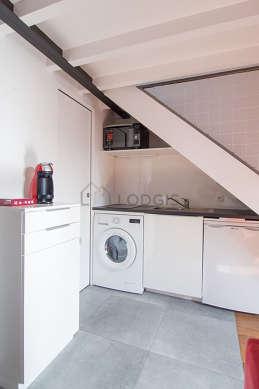 Magnifique cuisine de 0m² avec du carrelage au sol
