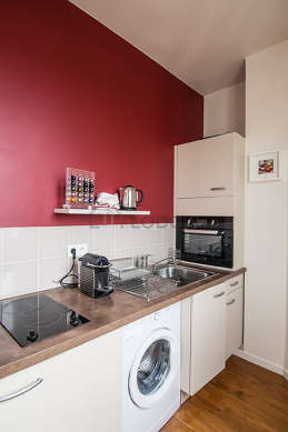 Kitchen where you can have dinner for 2 person(s) equipped with washing machine, refrigerator, freezer, cookware