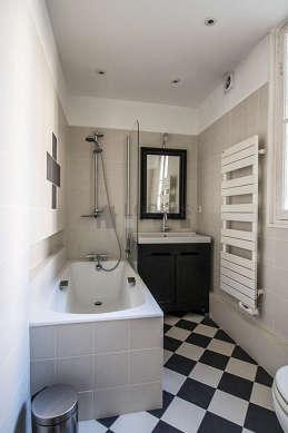 Appartement Paris 6° - Salle de bain 2
