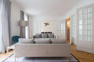 Tour Eiffel – Champs de Mars Paris 7° 4 Schlafzimmer Wohnung