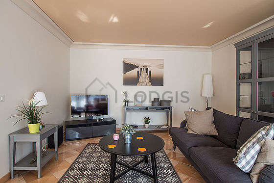 Living room furnished with home cinema, tv, 1 armchair(s), 4 chair(s)
