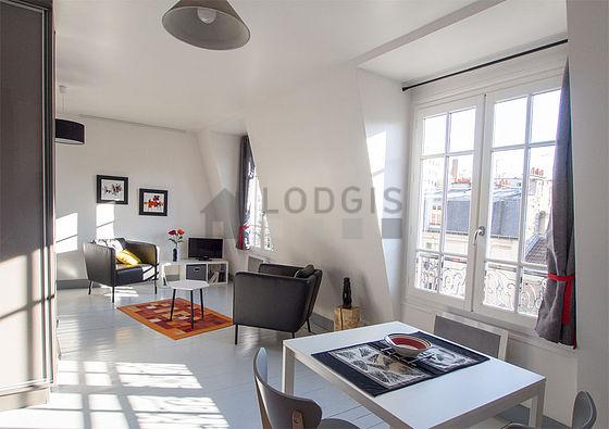 Location studio avec ascenseur paris 14 rue d 39 al sia for Location studio meuble paris