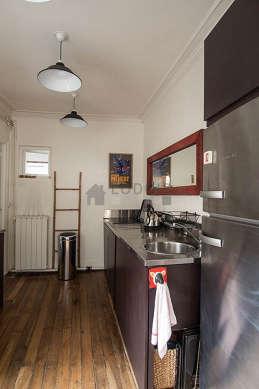 Cuisine dînatoire pour 2 personne(s) équipée de lave linge, sèche linge, réfrigerateur, vaisselle
