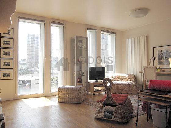 Location appartement 1 chambre avec ascenseur concierge for Chambre paris 13