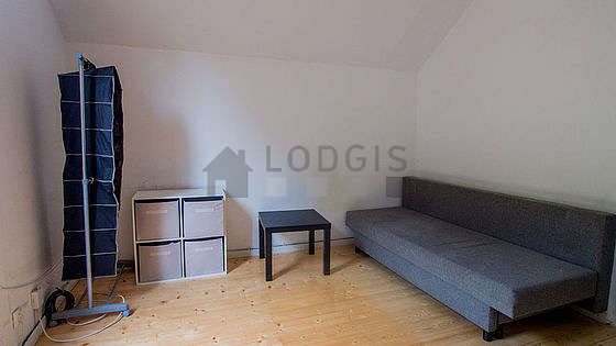Very quiet living room furnished with 1 sofabed(s) of 140cm, coffee table, cupboard, 1 chair(s)