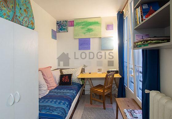 Location studio avec ascenseur paris 5 rue du cardinal lemoine meubl 11 m quartier latin - Recherche studio meuble paris ...