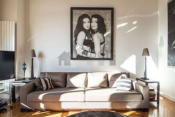 Location appartement 3 chambres vue sur le bois de for Location appartement meuble sur paris