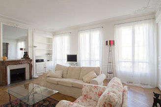 Saint Germain des Prés – Odéon Paris 6° 3 bedroom Apartment