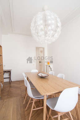 Dining room equipped with dining table, 1 chair(s)