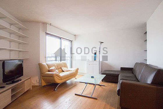 Very quiet living room furnished with 1 sofabed(s) of 140cm, tv, storage space, 1 chair(s)