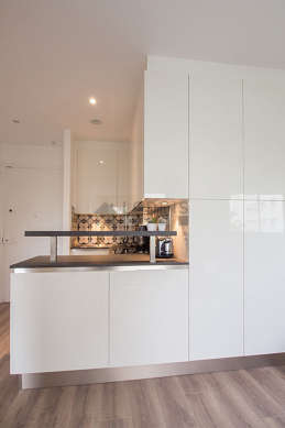 Great kitchen of 1m² with tile floor