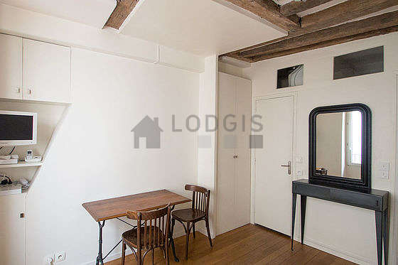 Location studio paris 2 rue de clery meubl 15 m for Appartement meuble paris long sejour