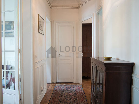 Location appartement 2 chambres avec ascenseur paris 15 for Chambre de commerce internationale paris adresse