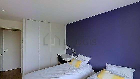 Bedroom for 1 persons equipped with 1 twin beds of 80cm