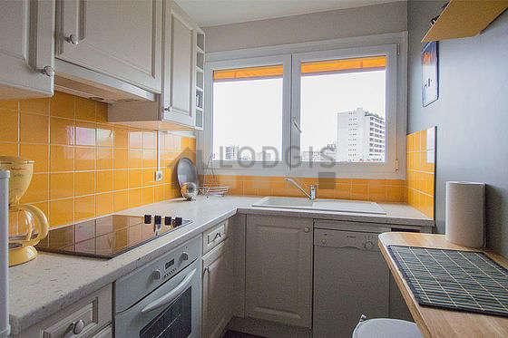Great kitchen of 6m² with linoleum floor