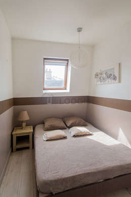 Location appartement 1 chambre avec ascenseur paris 10 for Appartement meuble paris long sejour