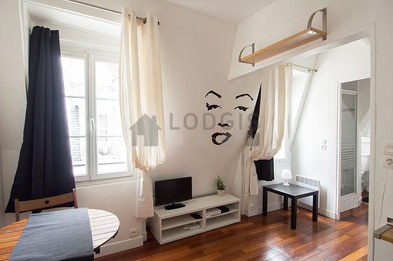location studio avec cave paris 9 rue de la tour d. Black Bedroom Furniture Sets. Home Design Ideas